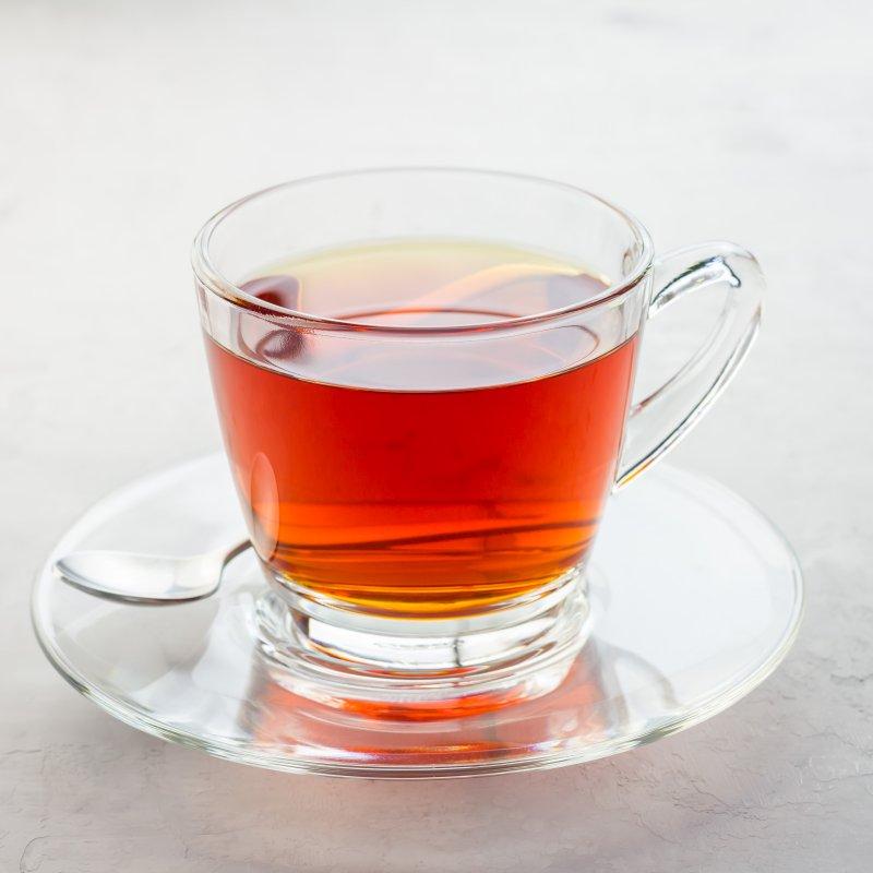 szklaneczka pysznej czerwonej herbaty