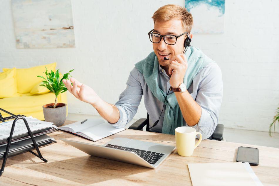 biurko komputerowe w biznesie
